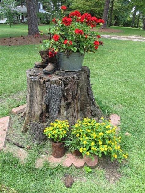 Tree Stump Decorating Ideas - tree stump gardening ideas and much more
