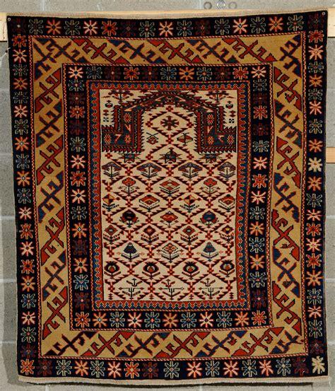 asta tappeti tappeto caucasico shirvan a preghiera xx secolo tappeti