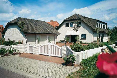Fertighaus Im Landhausstil by Fertighaus Im Landhausstil Satteldach Im Landhausstil