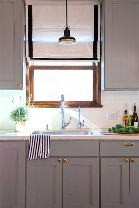 warm gray kitchen cabinets rosa beltran design kitchens benjamin eagle 7001