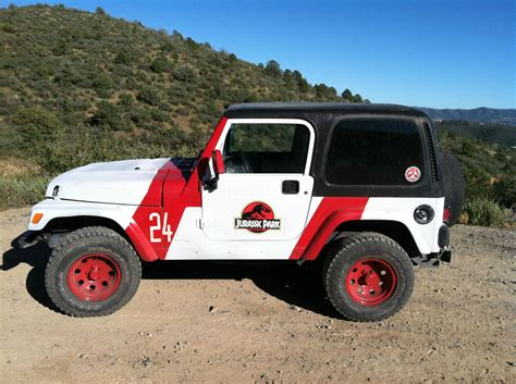 plasti dip jeep emblem my jurassic park jeep using plasti dip and decals jeep