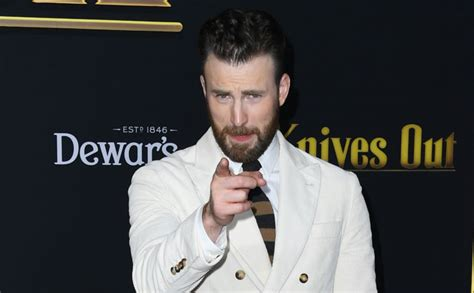 Chris Evans Calls N*de Pic Leak 'Teachable Moment', Thanks ...