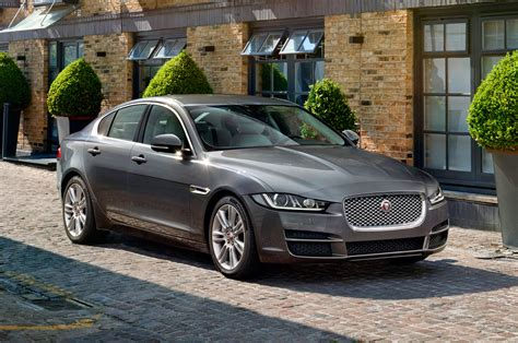 Jaguar Xe News by New Jaguar Xe To Cost From 163 26 995 Autocar