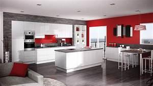 salle de bain rouge blanc et gris With idee deco cuisine avec cuisine rouge et noir