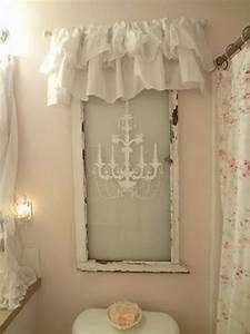 20+ DIY Old Window Decoration Ideas