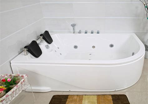 Xxl Luxus Whirlpool Badewanne Bali Links Mit 14 Massage