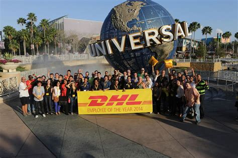 bureau dhl employee of the year celebrat dhl express office