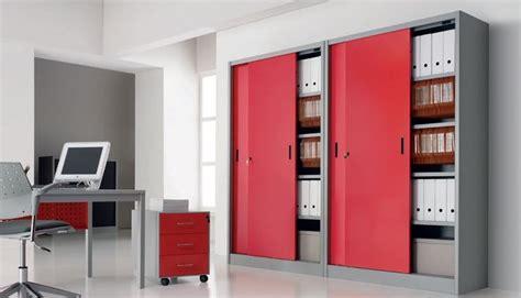 Armadi Ufficio Ikea by Armadi Ufficio Armadio Componibile Caratteristiche