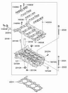 2012 Hyundai I30 Bolt - Cylinder Head  Engine