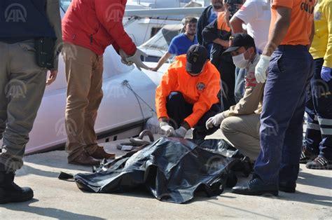 Turkey Refugee Boat Sinks by Turkey Refugee Boat Sinks Off Turkish Coast 12 Dead