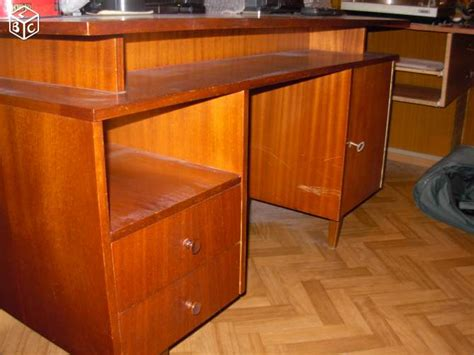 vieux bureau diy personnaliser un vieux bureau cocon de décoration