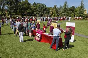 Prospective frosh sample campus life at Stanford ...