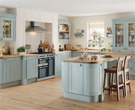 clique studios kitchen cabinets traditional locksmith hardware in bethnal 5484