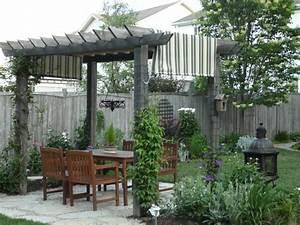 Kletterpflanzen Für Pergola : garten pergola eine idylle im freien ~ Markanthonyermac.com Haus und Dekorationen