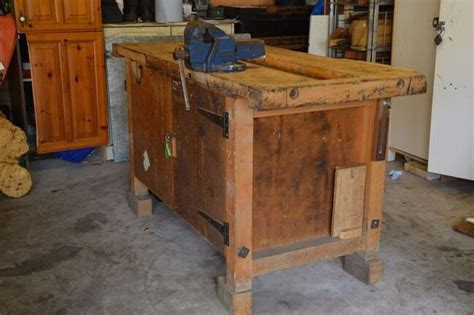 vintage carpenters workbench metal vice wood vice