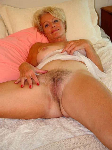 Mature Blonde Justine Tubezzz Porn Photos