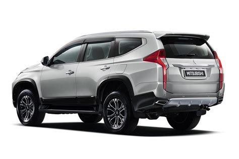 All New 2016 Mitsubishi Pajero Sport Is Officially