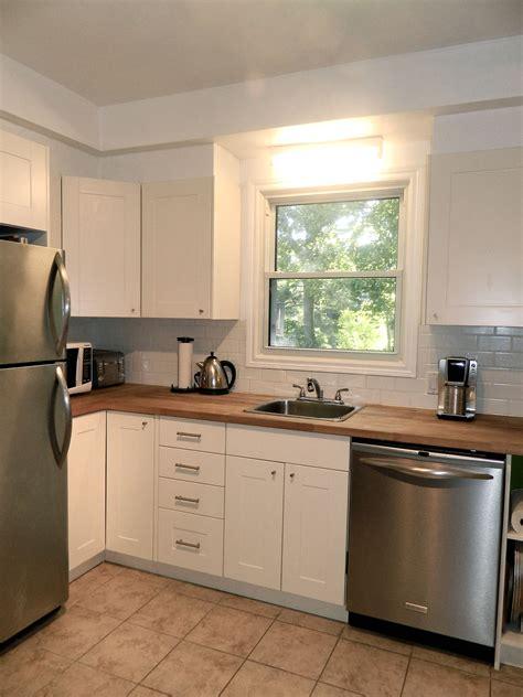 Layout  Fridge Sink  Dishwasher Small White