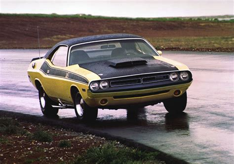 Dodge Challenger Ta Photos Reviews News Specs Buy Car