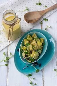 Salat Selber Anbauen : kartoffel gurken salat rezept mit curry ~ Markanthonyermac.com Haus und Dekorationen