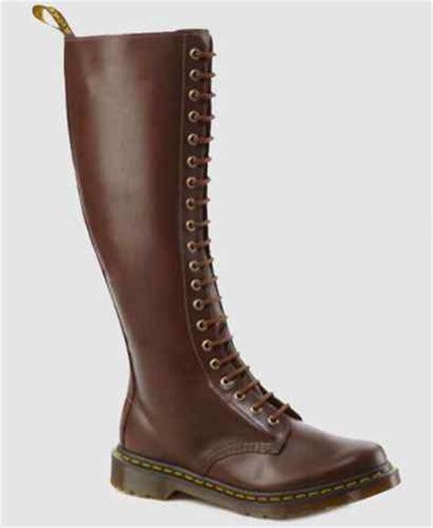 dr martens high brown dr martens knee high 1b60 boots brown lace up zip uk