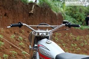 Yamaha Dt100 1982  Motor Trail Lelangan Bergaya  U0026 39 Kekinian U0026 39