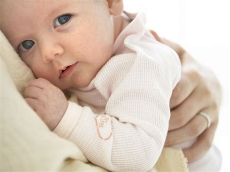 How To Tell If Your Newborn Is Getting Enough Milk