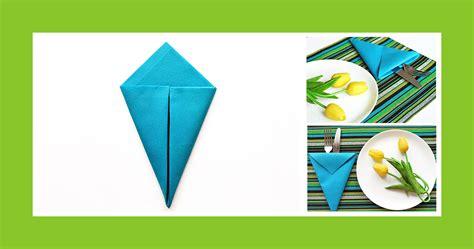 servietten als bestecktasche falten servietten falten blaue bestecktasche