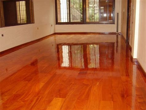 fotos de pisos de madera mesa madera
