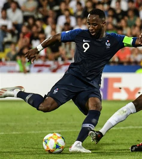 France espoirs on wn network delivers the latest videos and editable pages for news & events, including entertainment, music, sports, science and more, sign up and share your playlists. Euro Espoirs. Un sacré dilemme pour les Bleuets