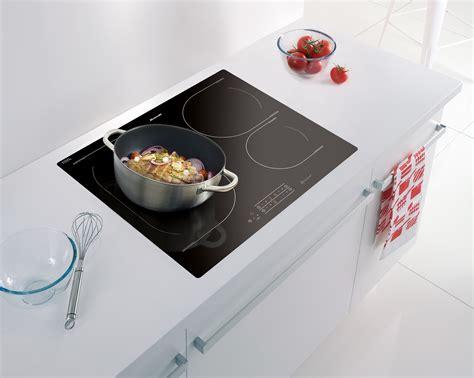 cuisiner au wok cuisiner avec l induction 28 images cuisiner au wok