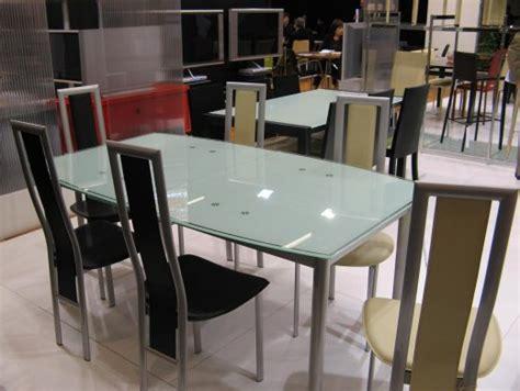 table de cuisine en verre avec rallonge ambiance cuisine meubles contarin