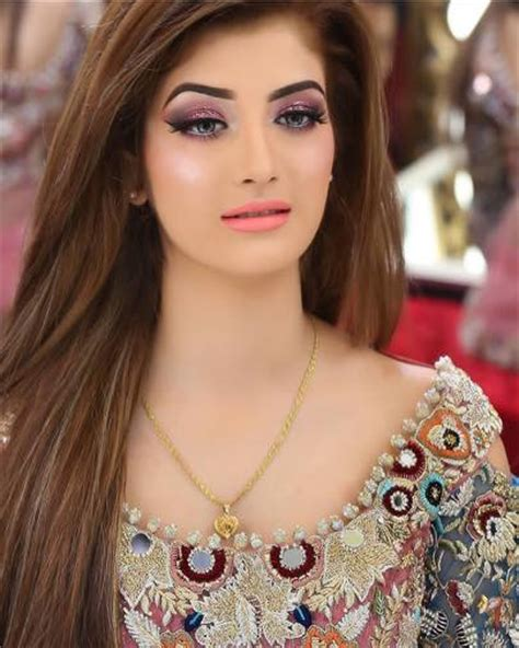 pakistani wedding hairstyles   perfect  bride