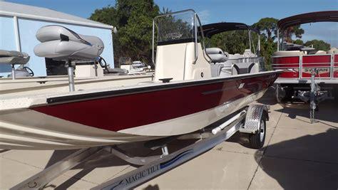 Alumacraft Boat Windshield by 2015 Alumacraft Mv 1860 Aw Power Boat For Sale Www