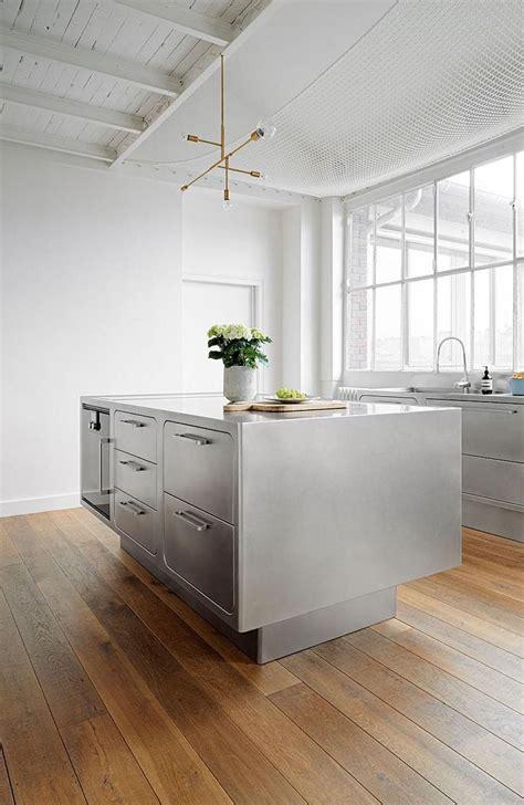 stainless steel kitchen island bench best 25 stainless steel island ideas on 8253