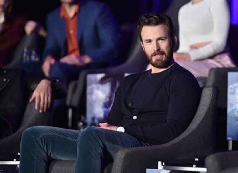 Chris Evans Accidental Instagram Post Shows - One News ...
