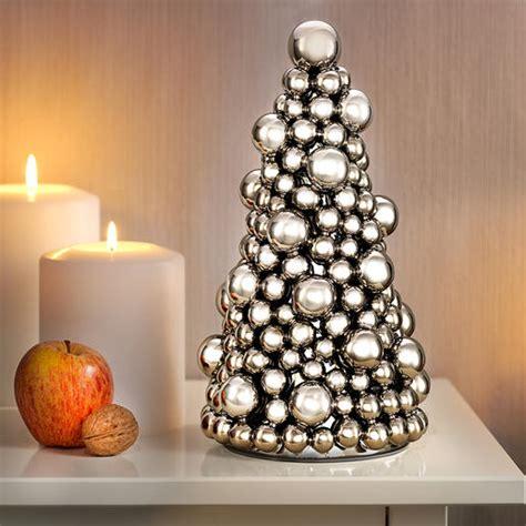 weihnachtsbaum aus kugeln edzard kugel weihnachtsbaum pyramide kugelpyramide kaufen