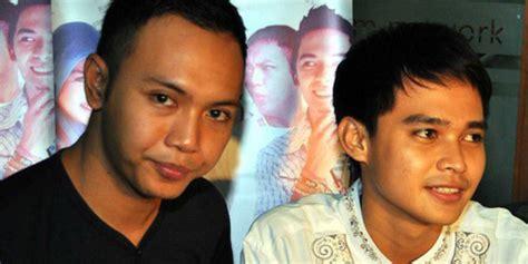 Bintang Sinetron Islam Ktp Dicasting Sholat Kapanlagi