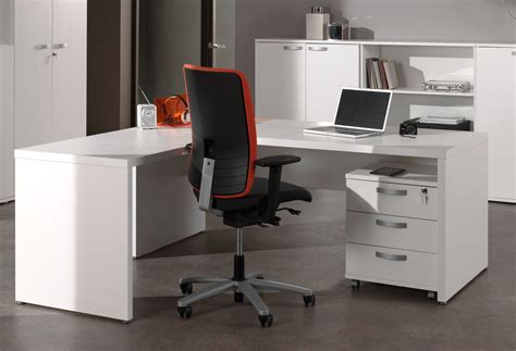 bureau en soldes bureau d 39 angle contemporain blanc octavia soldes bureau