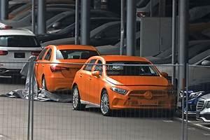 Mercedes Classe A 2018 : spyshots 2018 mercedes benz a class hatch and sedan completely uncovered autoevolution ~ Medecine-chirurgie-esthetiques.com Avis de Voitures