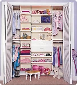 Begehbarer Kleiderschrank Kinder : begehbarer kleiderschrank f r eine stilvolle kleideraufbewahrung ~ Indierocktalk.com Haus und Dekorationen