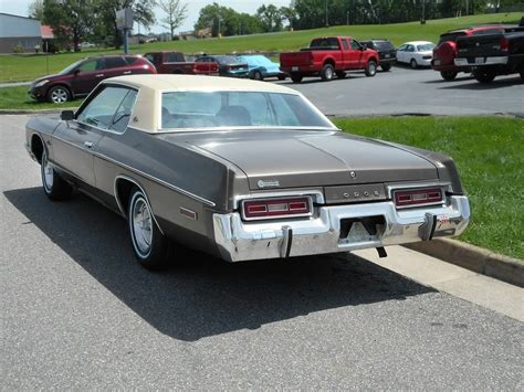 Robert E. Lee's Car: 1974 Dodge Monaco Custom