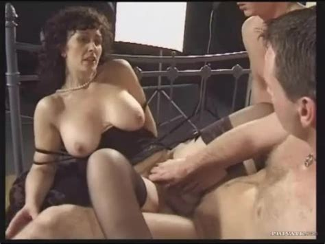 Retro Threesome With Naughty Brunette Milf Hardcore Porn