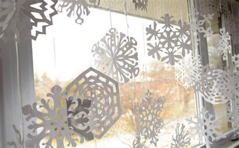 Weihnachtsdeko Fenster Günstig by Weihnachtsdeko Fenster Selber Machen Papier Schneeflocken