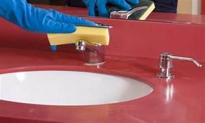 Nettoyer Salle De Bain : nettoyer la salle de bain sans produits chimiques trucs ~ Dallasstarsshop.com Idées de Décoration