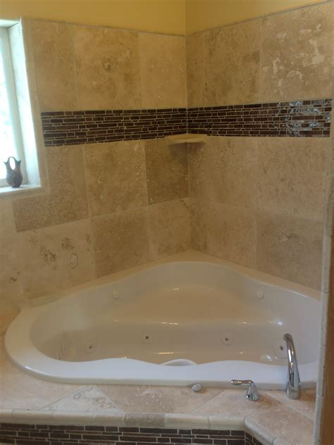 Corner Soaker Tub Shower Combo by Bathroom Shower Combo For Your Bathroom