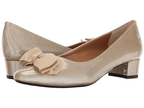 1960s Style Shoes