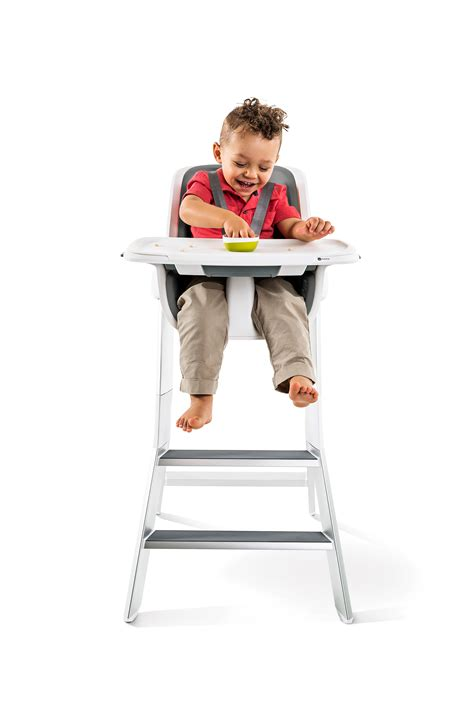 This Magnetic High Chair Has Some Clever Features, But It