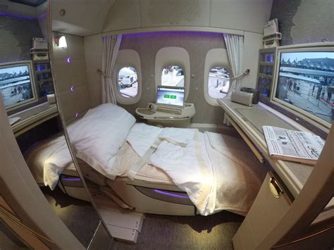 emirates airline class cabin emirates changer new b777 class suites