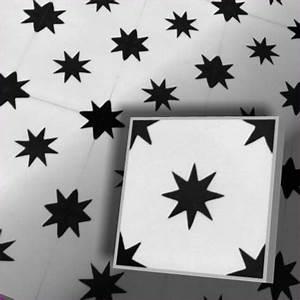 Fliesen Schachbrett Schwarz Weiss : zementfliesen stern weiss schwarz vintage jugendstil fliesen ~ Markanthonyermac.com Haus und Dekorationen